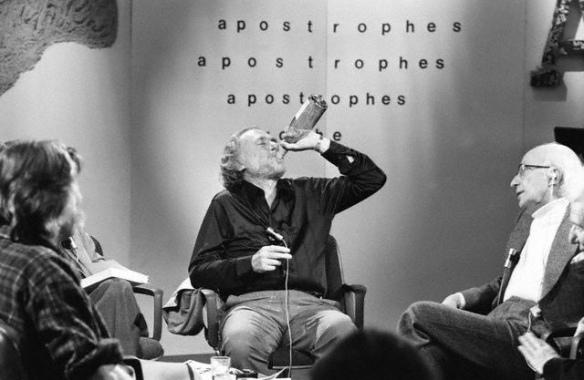 """Charles Bukowski à l'émission """"Les Apostrophes"""" en septembre 1978 (© Sophie Bassouls/Sygma/Corbis)"""